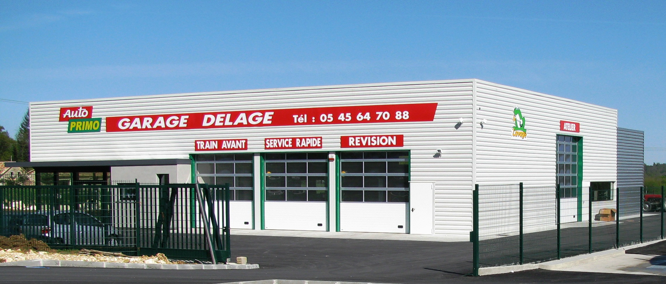 Delage Façade Avant1