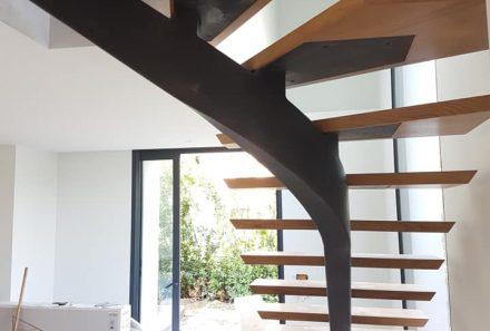 Choisir un escalier pour une maison, un bureau ou un local commercial